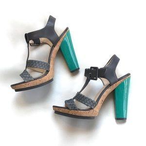 EUC Calvin Klein Heel Sandal Shoes